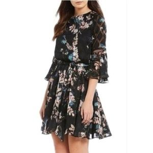 Vince Camuto Bell Sleeve Floral Chiffon Dress